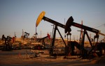Saudi oil exports drop, U.S. slashes drill rigs and oil price? Falls!